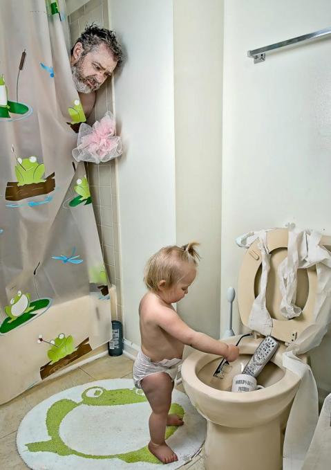 сын подсмотрел за матерью в туалете смотреть фото