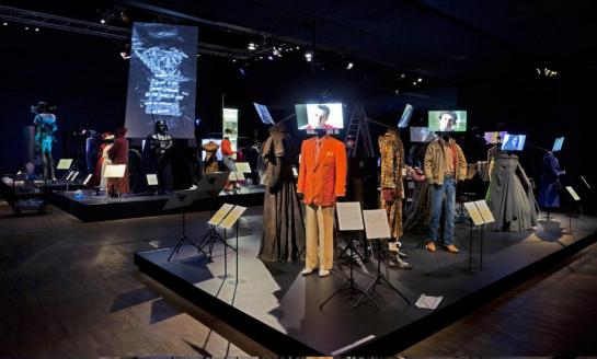 aboutart and design - hollywood costumes